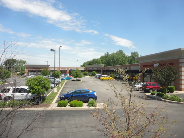 028-indiana-shopping-center-roof
