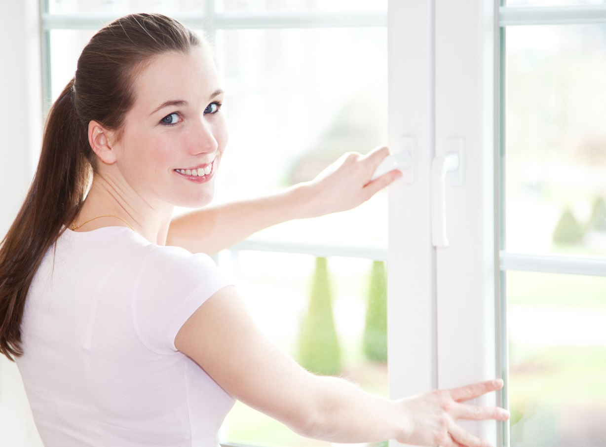 Replacement Windows: Improving Indoor Comfort and Lighting