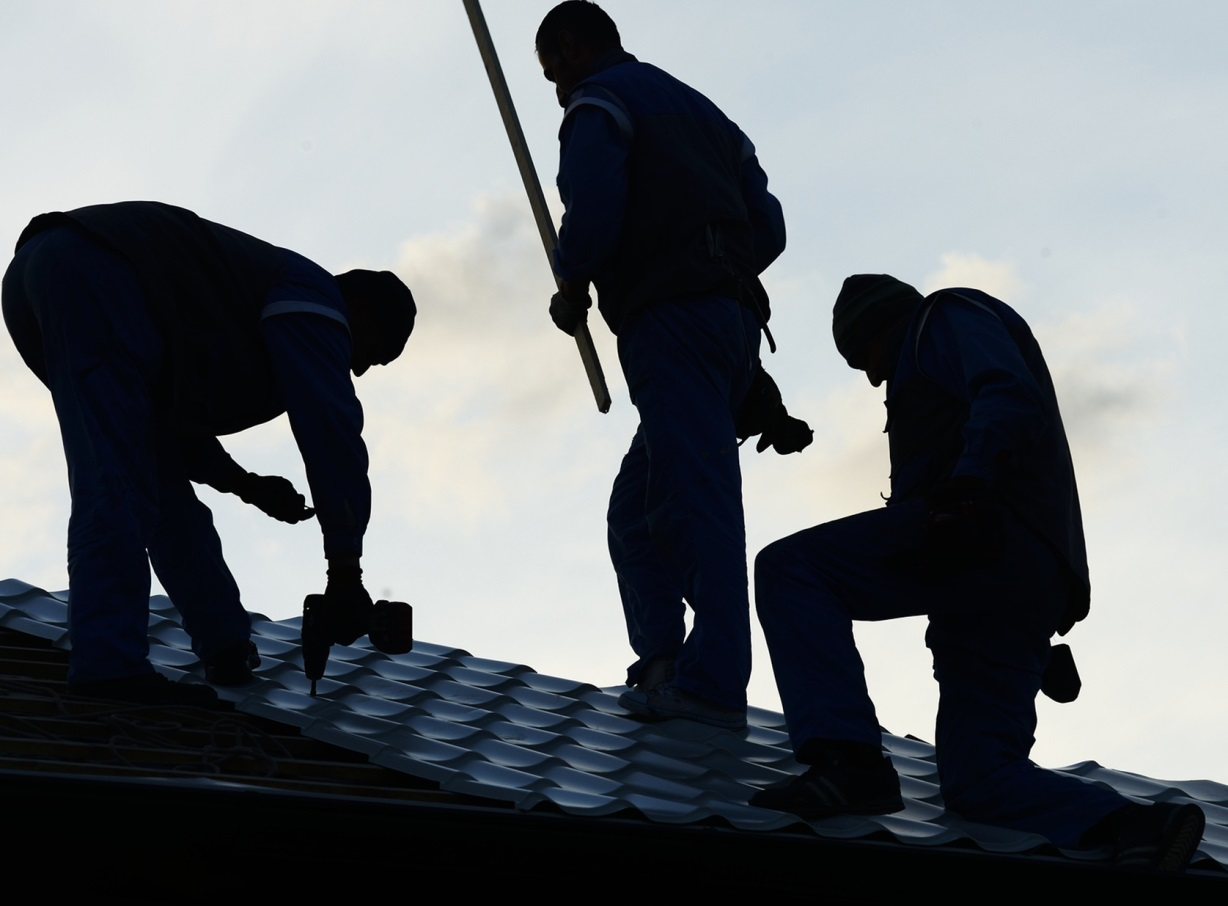 Repair or Replace: Making the Best Decision for Your Roofing